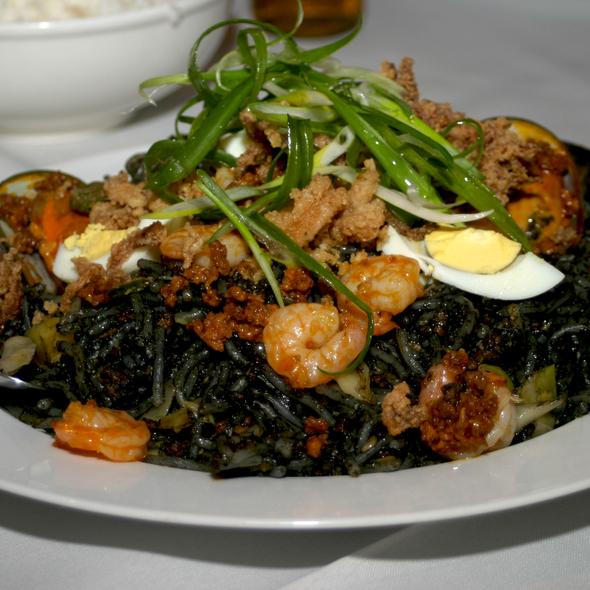 Palabok Tinta @ Intramuros Restaurant Bar