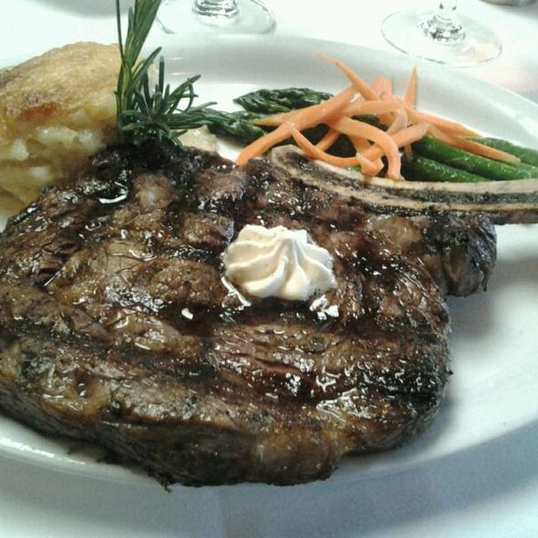 Bone-in Rib Eye @ Harris' Restaurant