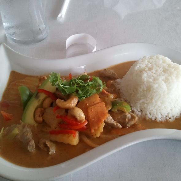 Masaman Curry With Pork - Red Elephant, Marietta, GA