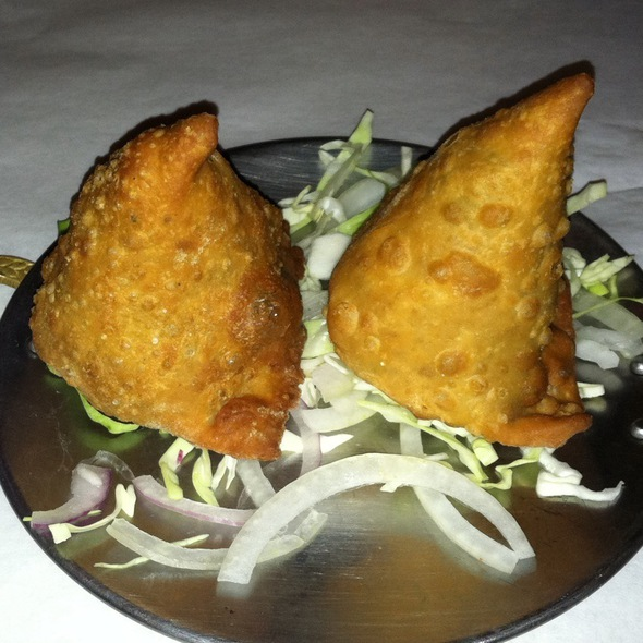 Vegetable Samosa @ chicago curry house indian cuisine