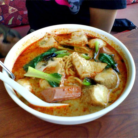 Yong Tau Foo @ Banquet Foodcourt in The Central