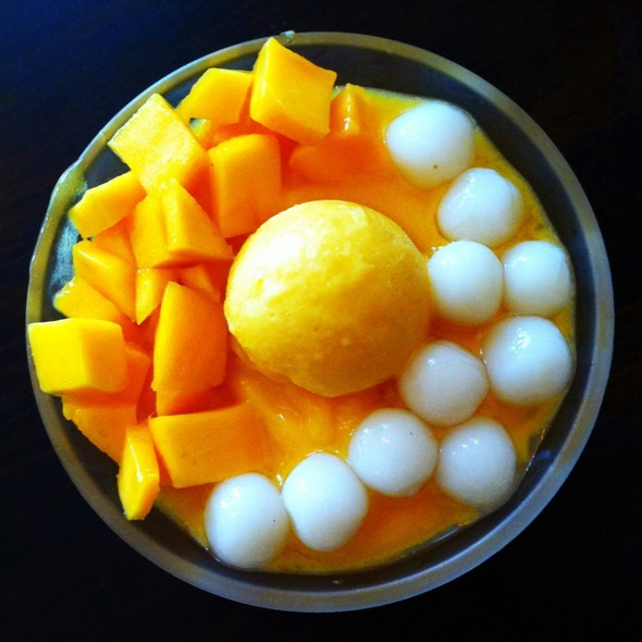 Glutinous Rice Balls In Mango Juice With Extra Mango @ Creations Dessert House