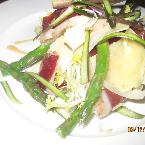 Asparagus with prosciutto  @ The Bedford