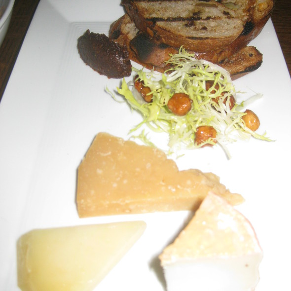Artisan Cheeses @ The Bedford