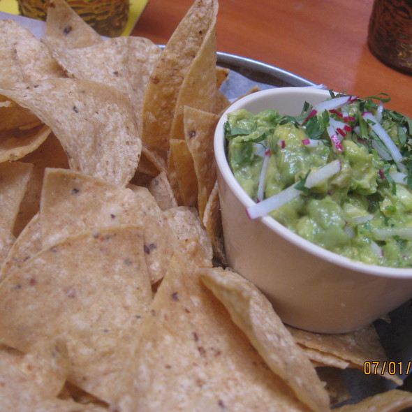 Guacamole and Chips @ Big Star