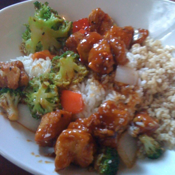 Spicy Sesame Chicken @ PF Chang's