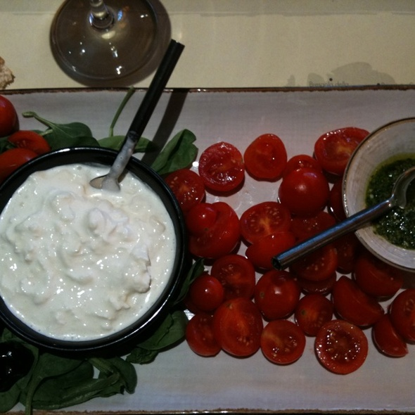 Local Tomato Buffalo Mozzarella Salad @ La Rinascente Mozzarella Bar