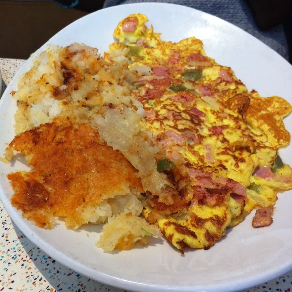 Denver omelette and hash browns @ Tick Tock Diner