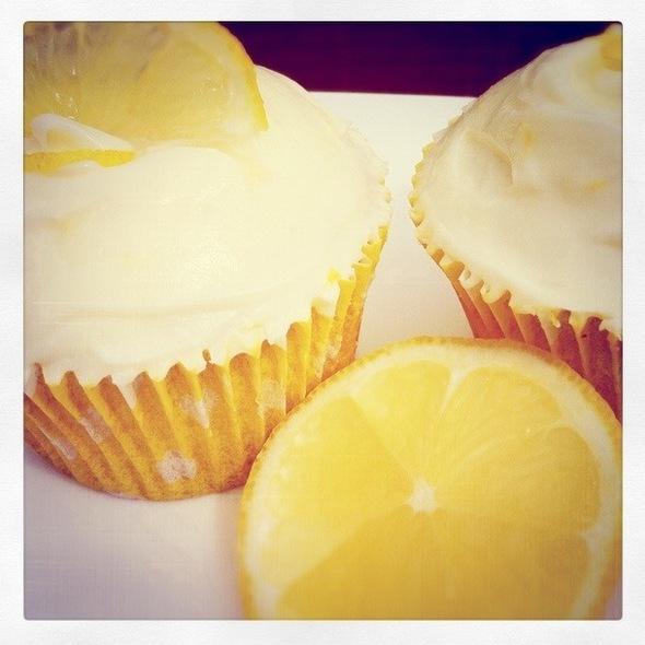 Lemon Curd Cupcakes @ Hazenstraat 50