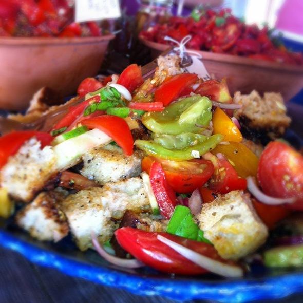 Panzanella Salad @ Serenbe Bed & Breakfast