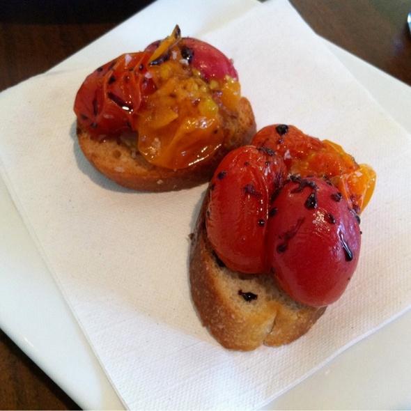 Tomato Crostini @ Toast