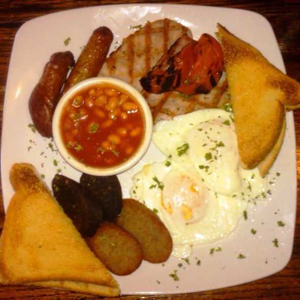 Irish Breakfast @ O'Sullivan's Irish Pub