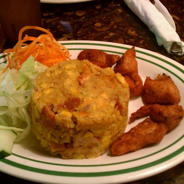 Mofongo Con Chicharon De Pollo @ Caribe Restaurant