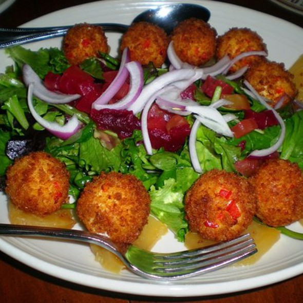 Roasted Beet Salad - The Goose American Bistro and Bar, Darien, CT