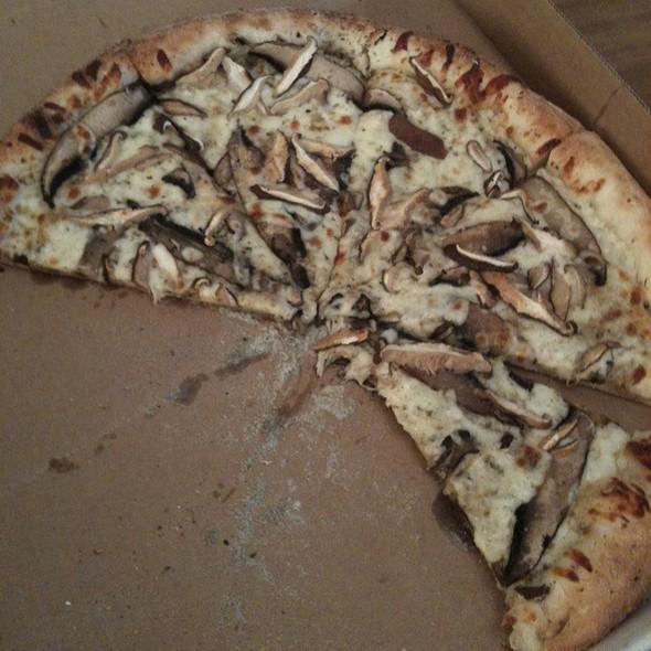 White Mushroom Pizza @ Crozet Pizza