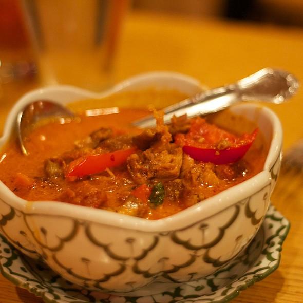 Roast Duck Curry @ Ruen Thai Restaurant