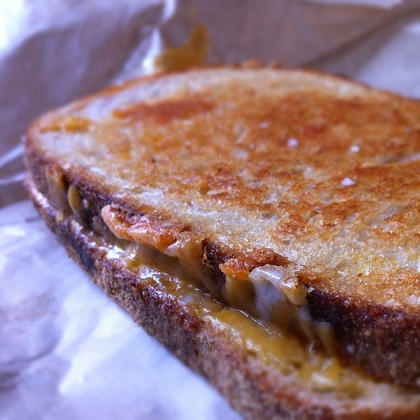 Morris Grilled Cheese Classic Sandwich @ Morris Truck