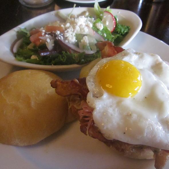 "Les Trois Petits Cochons ""The Three Little Pigs"" - Django Restaurant, Des Moines, IA"