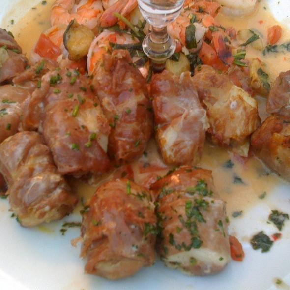 Bacon Wrapped Scallops @ Il Giardino