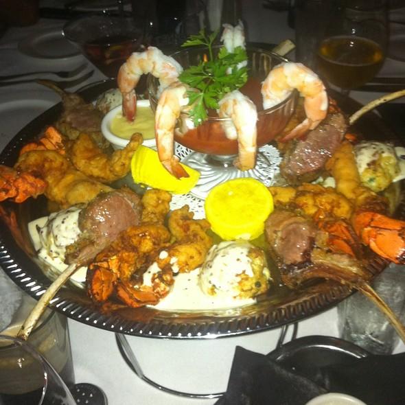 assorted appetizer - Cabernet Steakhouse, Alpharetta, GA
