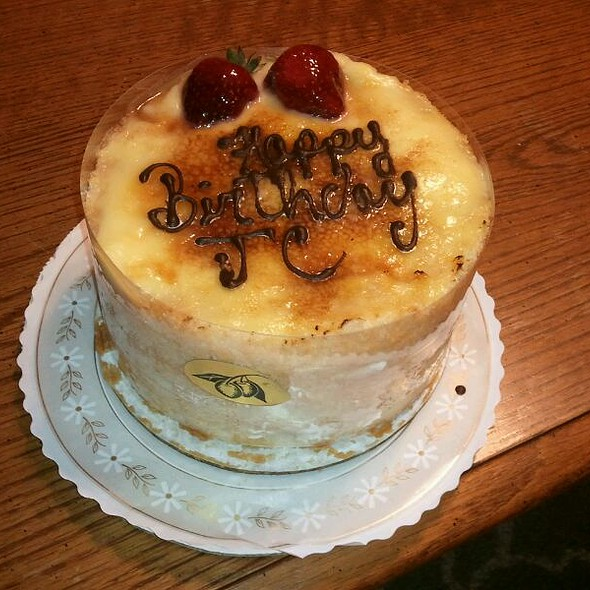 Creme Brulee Cake @ Mirabelles