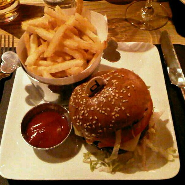 Yankee Burger @ Bar Boulud @ Mandarin Oriental Hyde Park