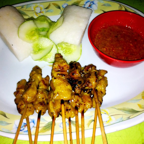 Chicken satay @ Muar Prawning Place