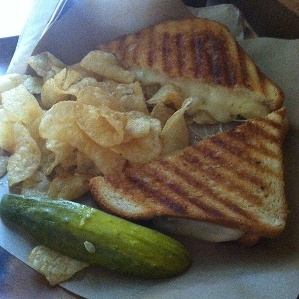Grilled Cheese Sandwich @ The Grove Hayes Valley