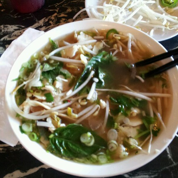 Chicken Pho @ Pho Tic Tac