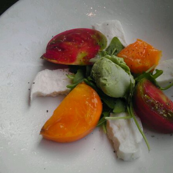Heirloom Tomato Salad @ Bristol