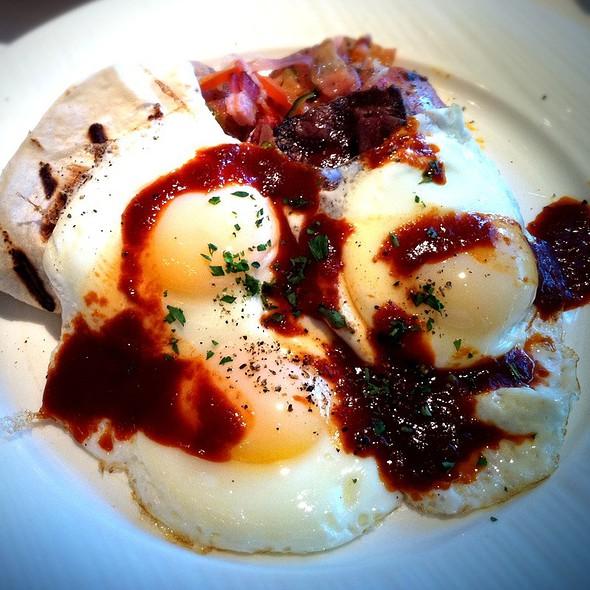 Huevos rancheros @ Cafe Pacific