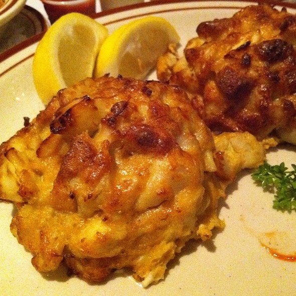 Gm Crab Cakes Baltimore Md