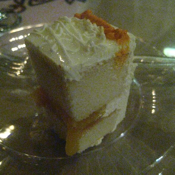 Anniversary Cake - Ethiopian Diamond, Chicago, IL
