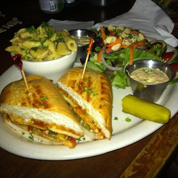 Bbq Tofu Sub With Mac N Chz And Salad @ Sluggo's