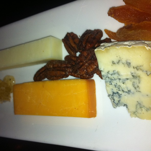 Artisanal Cheese Plate @ Blue Hill Tavern