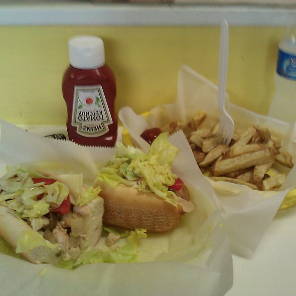 California Chicken Cheesesteak @ Yellow Submarine