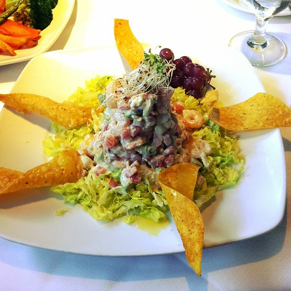 Crab And Shrimp Salad In Avacado