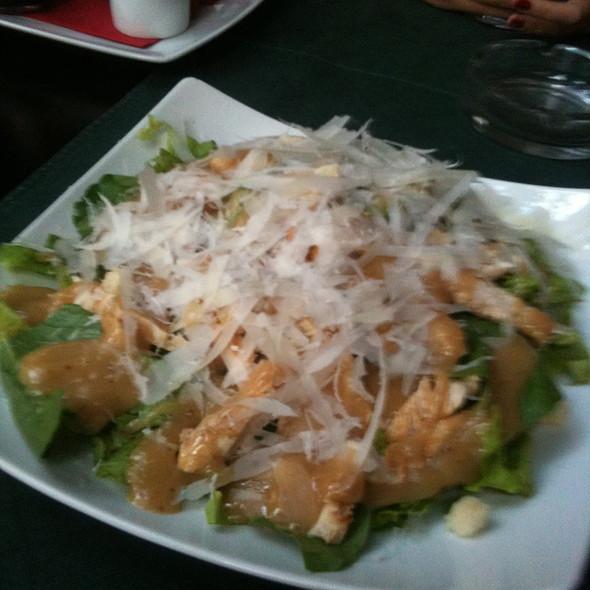 Cezar Avangard Salad