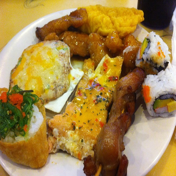 Buffet Assortment, Yum! @ Asian Buffet