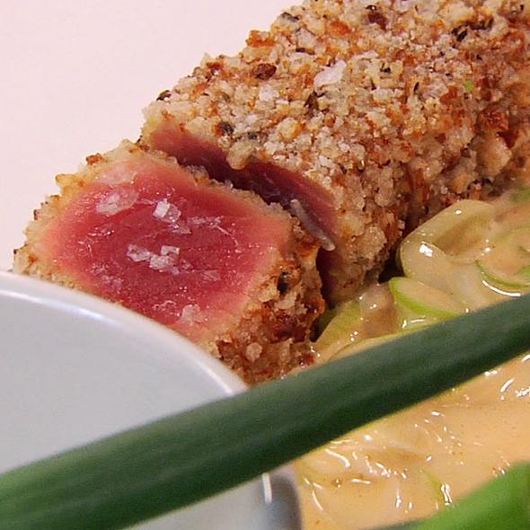 Rice Cracker Crusted Tuna Citrus-Chili Emulsion @ Perry St