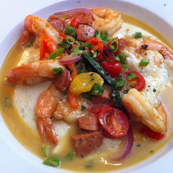 Big Shrimp And Very Gouda Grits (Andouille Sausage, Tomatoes, Peppers, And Onions) @ Chef Geoff's Downtown