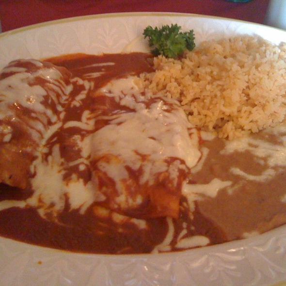 Chicken Tamale And Cheese Enchilada @ Roosevelt Tamale Parlor