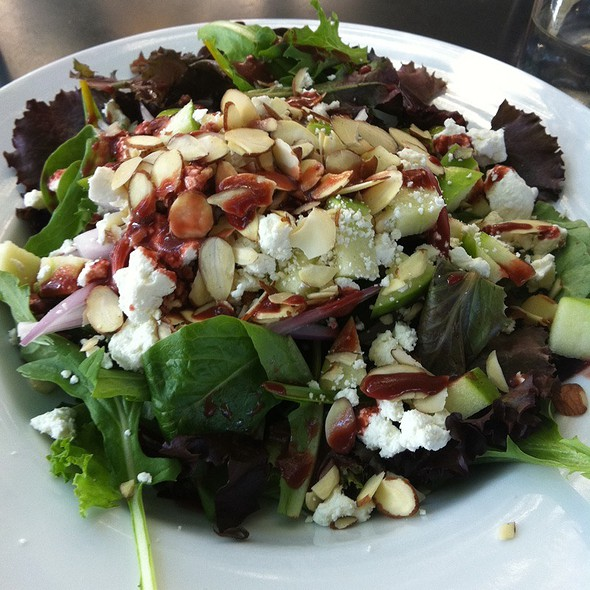 Apple And Goat Cheese Salad @ The Lobby