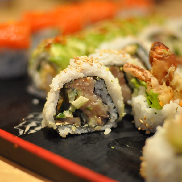 Spicy Tuna Roll @ Toshi Sushi