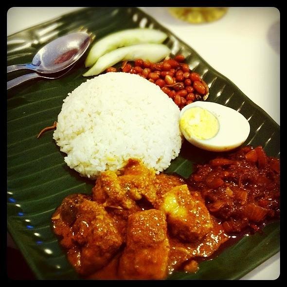 Nasi Lemak With Pork Rendang