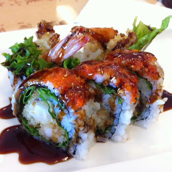 Red parrot asian cafe