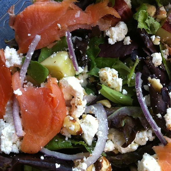 House Salad With Lox @ Pom Pom's Tea House & Sandwicheria