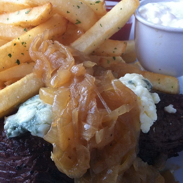 Classic Bistro Steak Frites @ Kindle