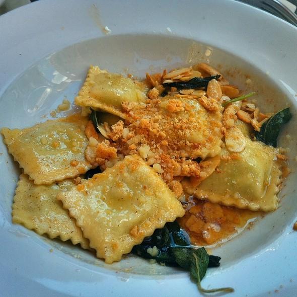 Spinach & Ricotta Ravioli @ Bread Tribeca