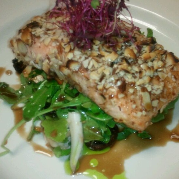 Almond Crusted Salmon, Dry Figs, Crab, Honey Balsamic @ Bistro Elephamt